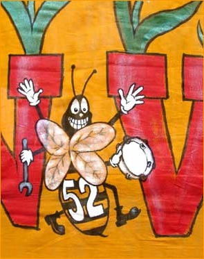 Bee52_closeup61