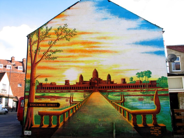 Wat_mural_2004